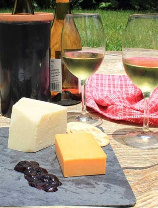 10 Best Summer Picnic Wines sqaure