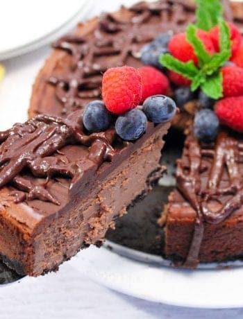 Dark Chocolate Kahlua Cheesecake slice square