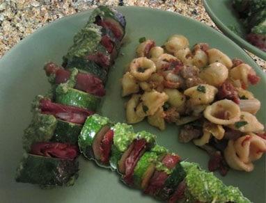 zucchini and prosciutto skewers