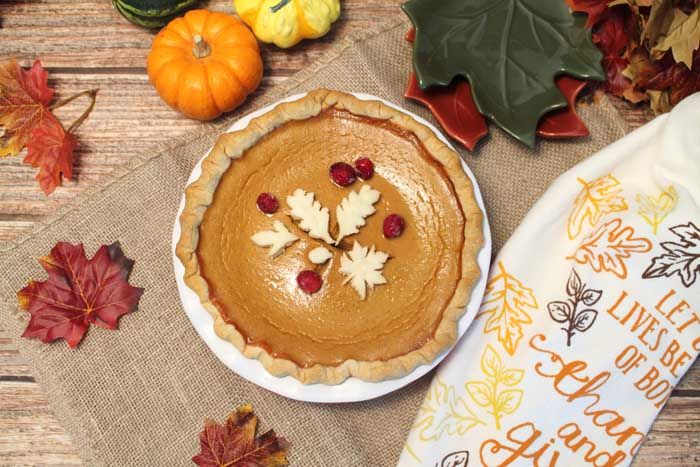 Moms Pumpkin Pie overhead | 2 Cookin Mamas