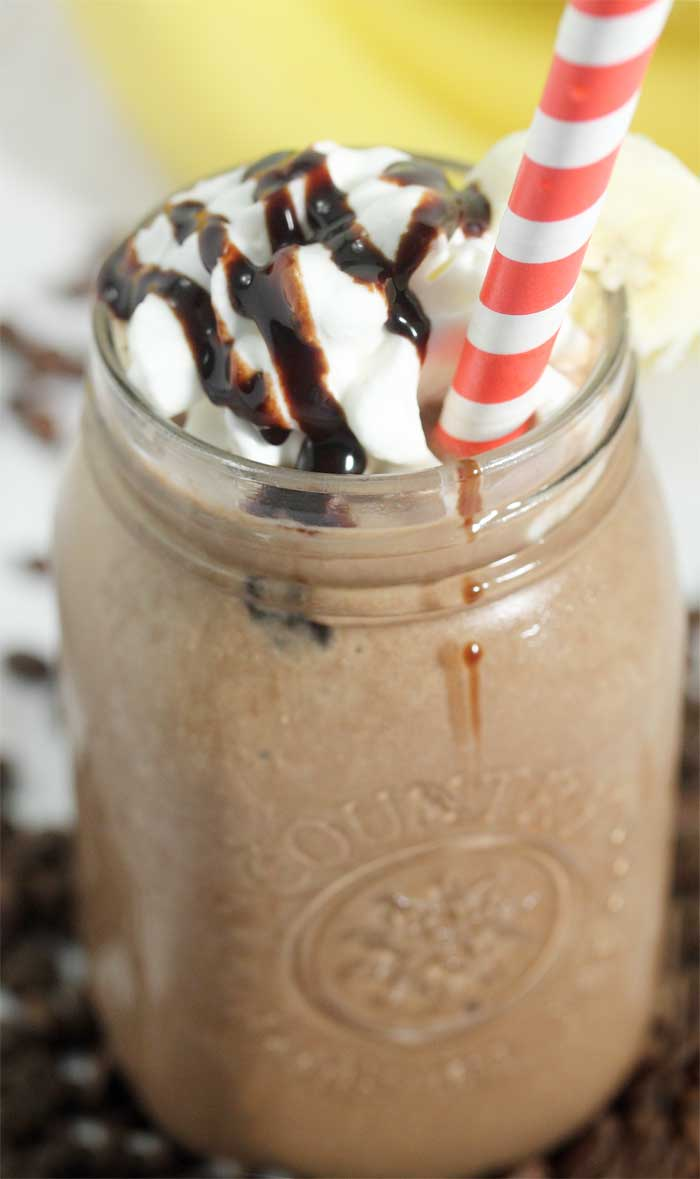 Coffee Lovers Smoothie with whipped cream