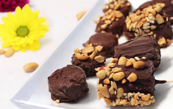 Chocolate Covered Bananas plated   2 Cookin Mamas