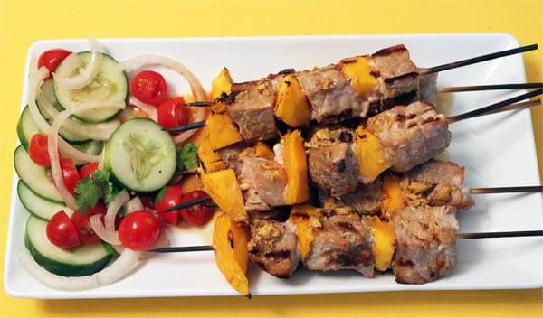 Seared Tuna and Mango Kabobs 5 | 2CookinMamas