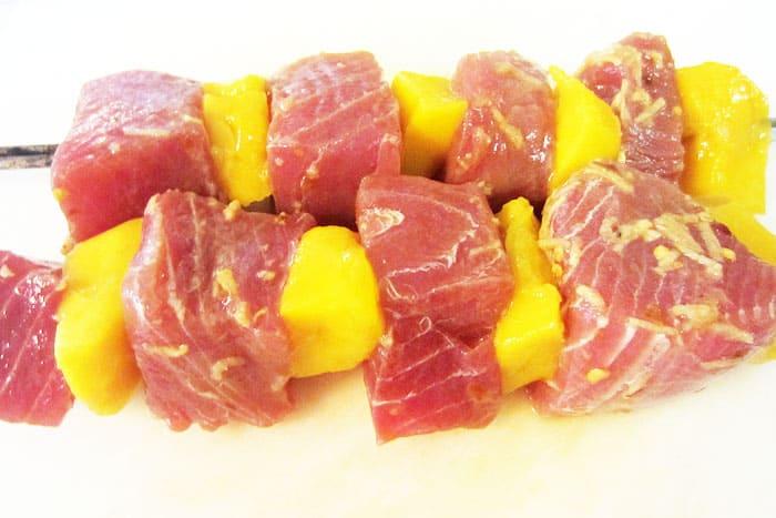 Seared Tuna and Mango kabobs raw