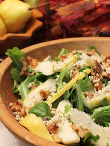 Pear Walnut Gorgonzola Salad square
