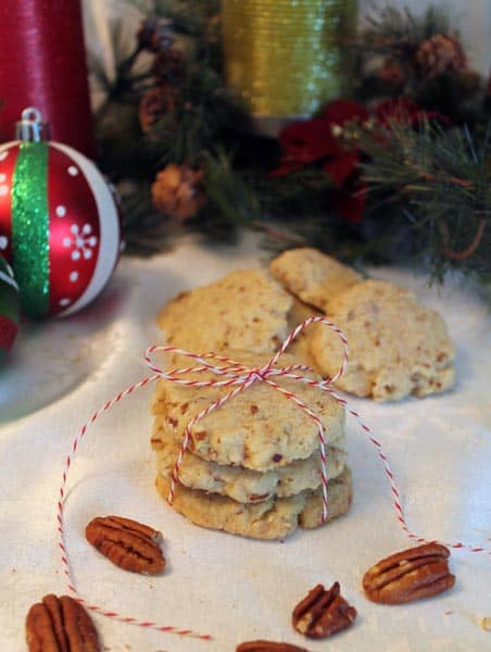 Pecan Sandies 2 | 2CookinMamas
