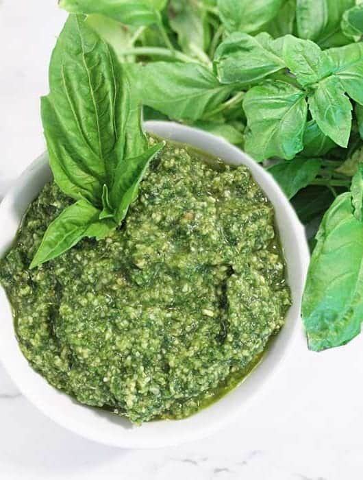 5 Minute Basil Pesto square