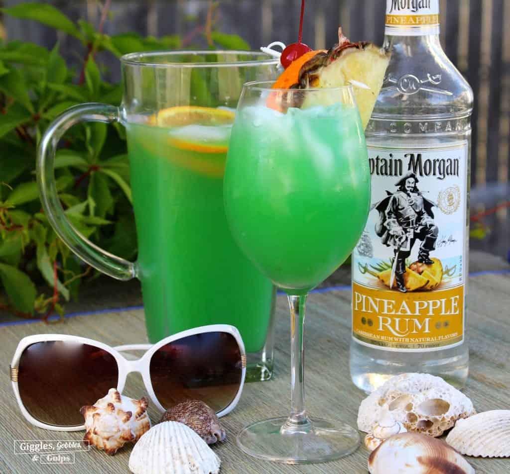 Ultimate-Rum-Punch by GigglesGobblesandGulps