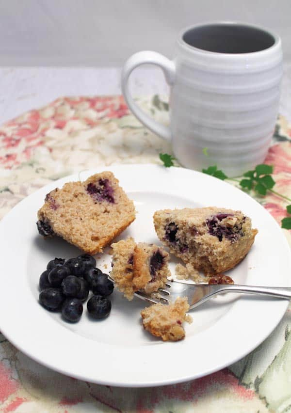 Streusel Coffee Cake Blueberry Muffins breakfast | 2 Cookin Mamas
