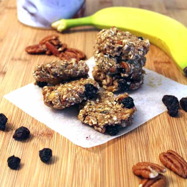 Breakfast Cookies square|2CookinMamas