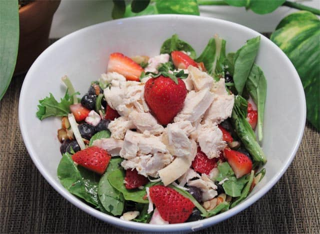 Red White and Blue Salad w chicken|2CookinMamas