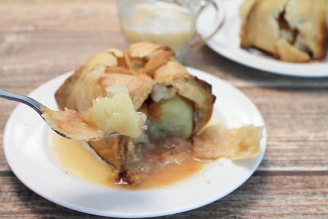 Apple Dumplings Take a bite|2CookinMamas