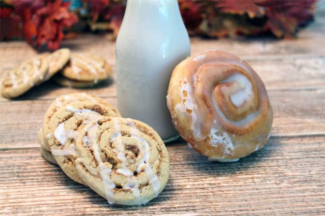Cinnamon Crunch Cookies and cinnamon bun|2CookinMamas