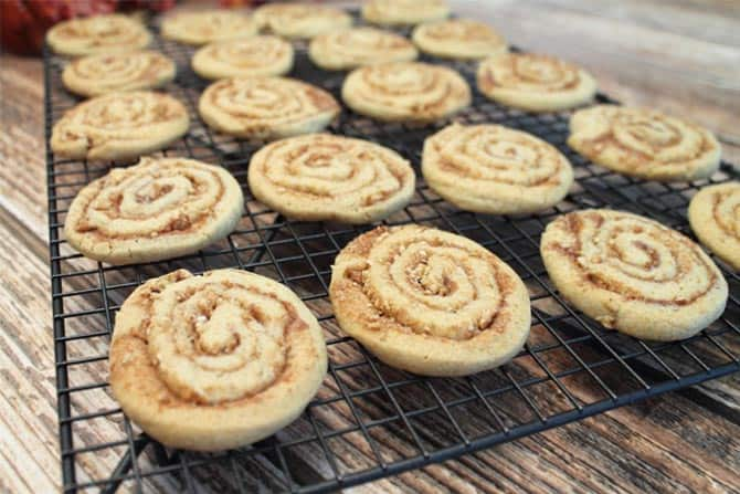 Cinnamon Crunch Cookies cooling 4|2CookinMamas