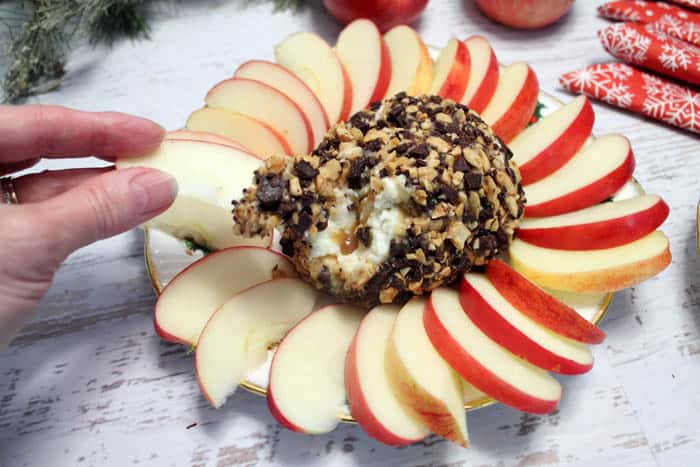 Kraft-for-the-Holidays-Caramel-Apple-Dip-dipping|2CookinMamas #ad #naturallycheesy