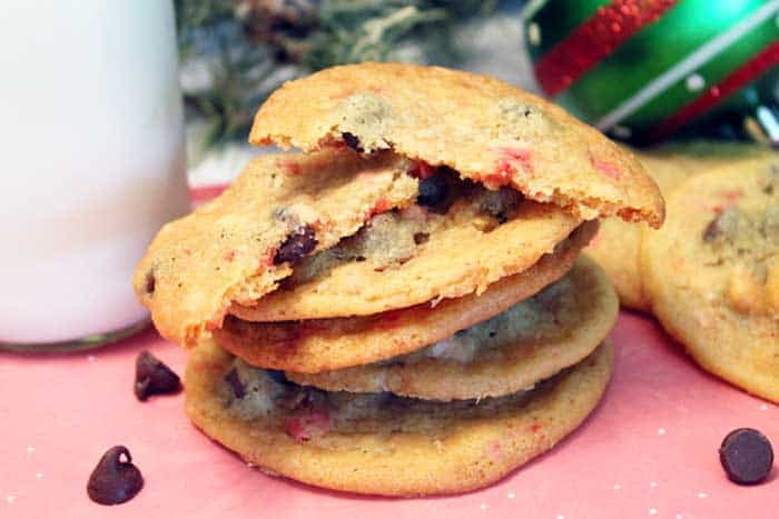 Peppermint Chocolate Chip Cookies cloesup | 2 Cookin Mamas