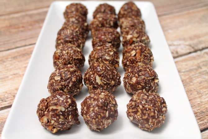 Chocolate Peanut Butter Energy Bites 670 | 2 Cookin Mamas