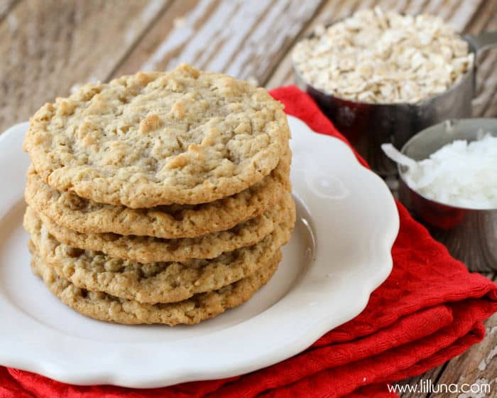 coconut-oatmeal-cookies-lil luna