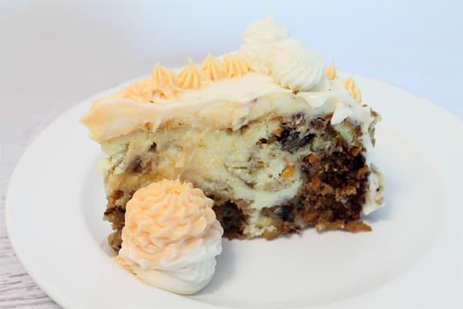 Carrot Cake Cheesecake single|2CookinMamas