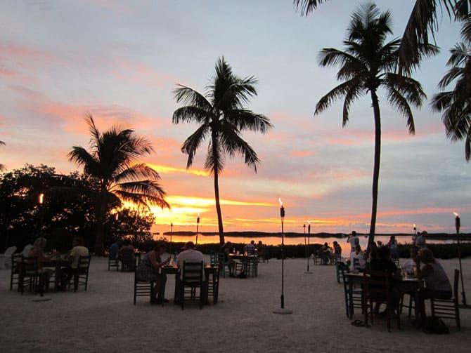 Morada Bay Beach Cafe|2CookinMamas