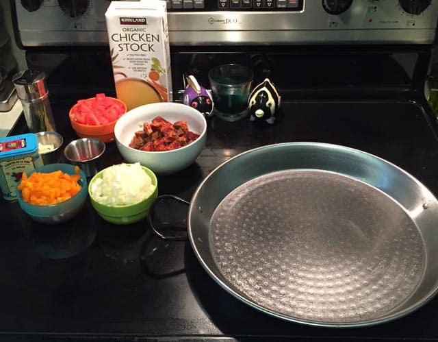 Paella gathering ingredients|2CookinMamas