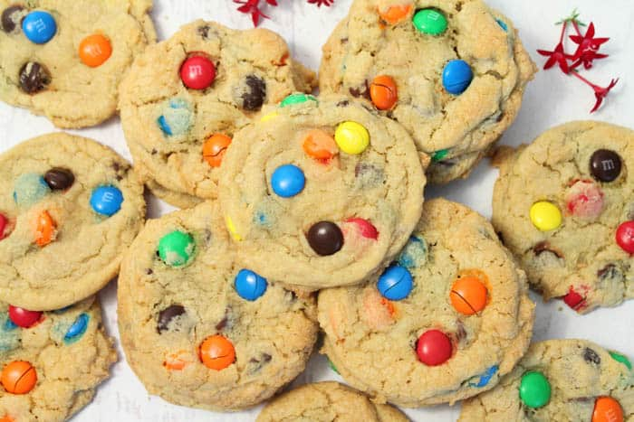 M&Ms Chocolate Chip Cookies 2 2CookinMamas