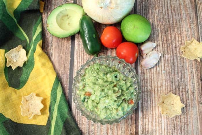 Classic Guacamole 3 | 2 Cookin Mamas