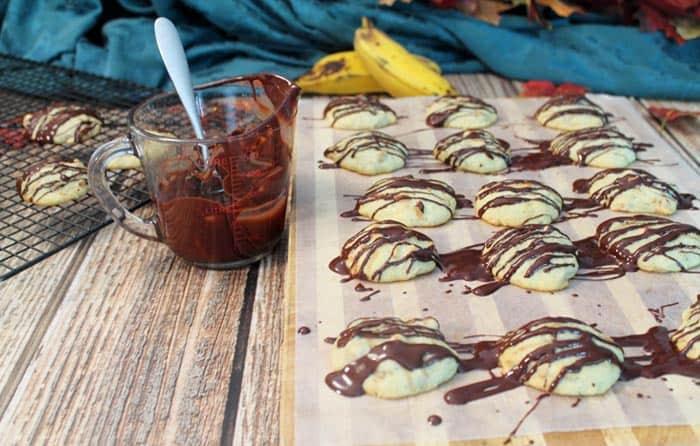 Peanut Butter and Banana Cookies   2 Cookin Mamas