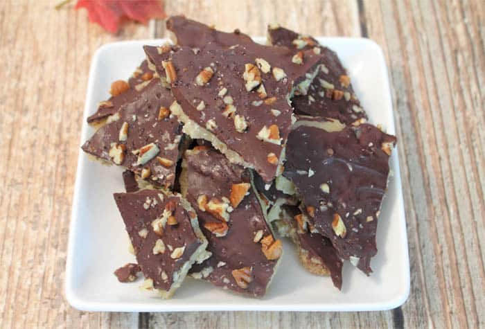 Easy Chocolate Toffee Crunch 5 | 2 Cookin Mamas
