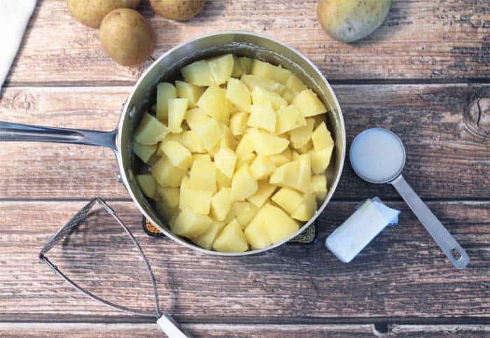 Perfect Mashed Potatoes prep | 2 Cookin Mamas