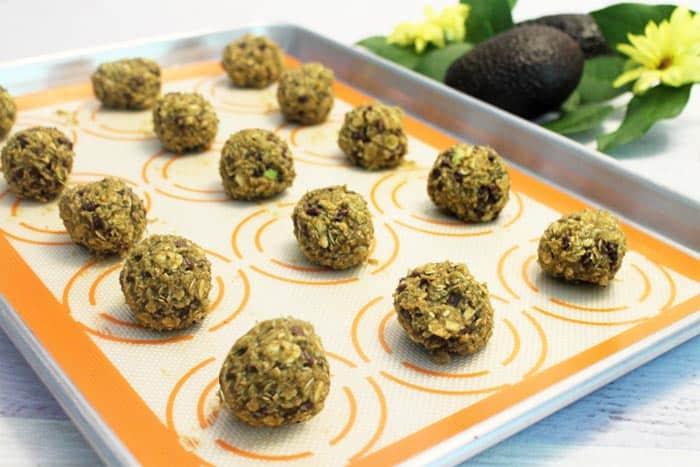 Avocado Oatmeal Chocolate Chip Cookie prep | 2 Cookin Mamas