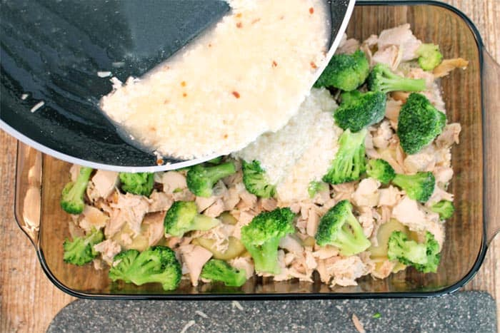 Chicken Ravioli Lasagna sauce layer   2 Cookin Mamas