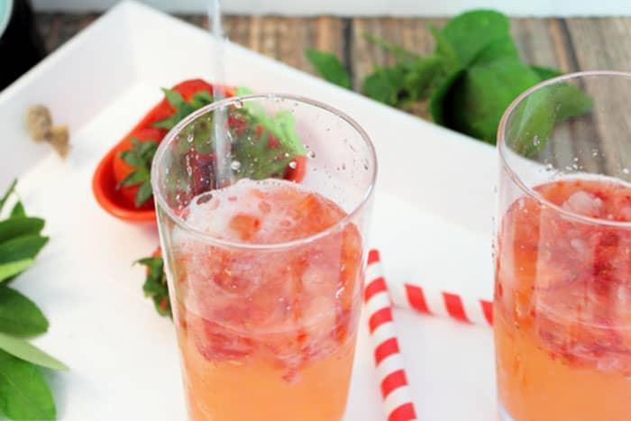 Strawberry Rum Fizz add champagne | 2 Cookin Mamas