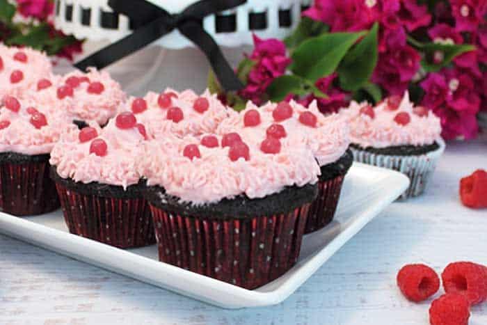 Chocolate Raspberry Cocktail Cupcakes 4 | 2 Cookin Mamas
