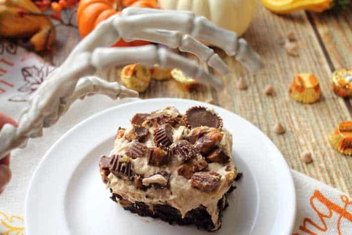 Peanut Butter Brownie Poke Cake watch it 2 | 2 Cookin Mamas