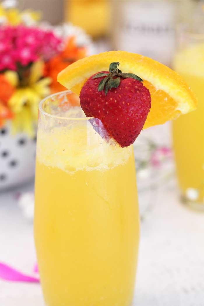 Sparkling Mimosas closeup | 2 Cookin Mamas