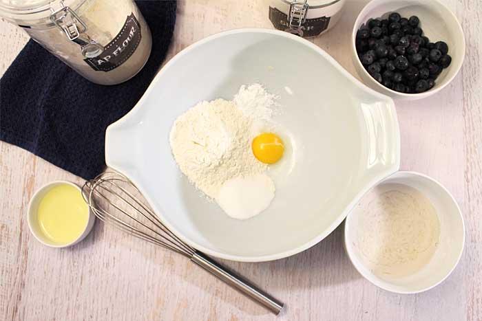 Lemon Blueberry Pancakes Step 1