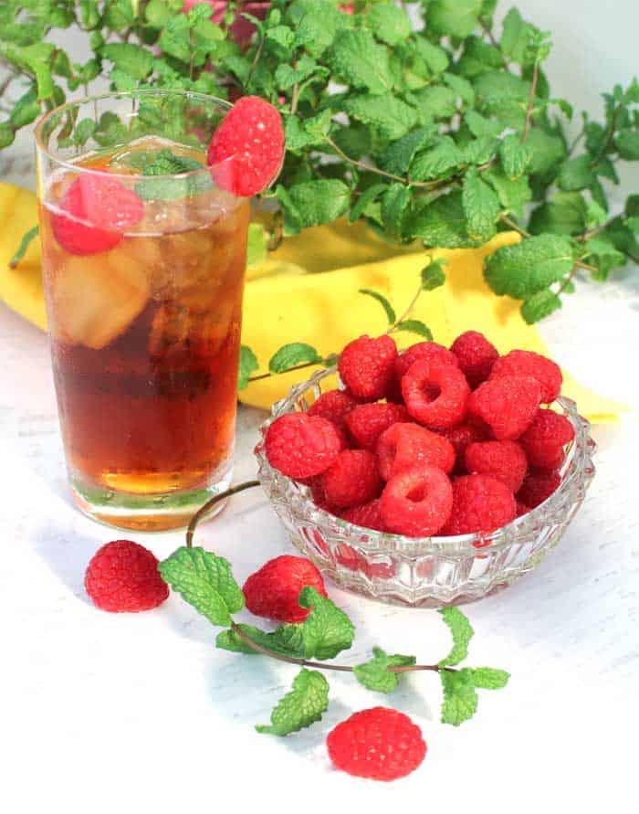 Raspberry Mint Iced Tea single with raspberries