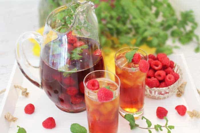 Raspberry Mint Iced Tea served 1