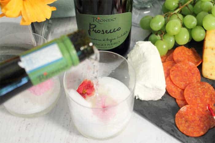 Lemon Sorbet Spritz pouring Riondo