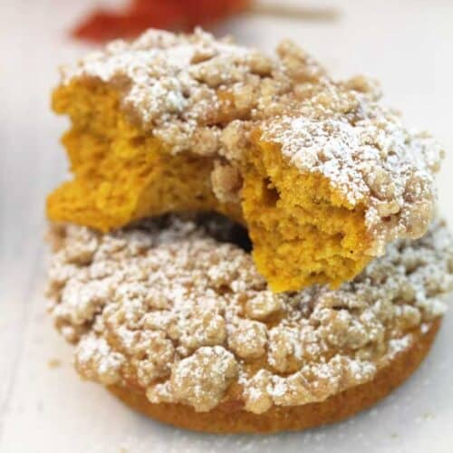 Baked Pumpkin Doughnuts with Crumb Topping square