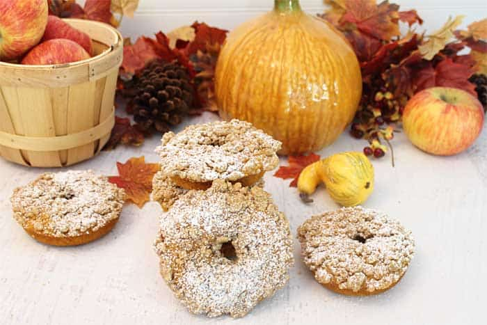 Baked Pumpkin Doughnuts with Crumb Topping wide
