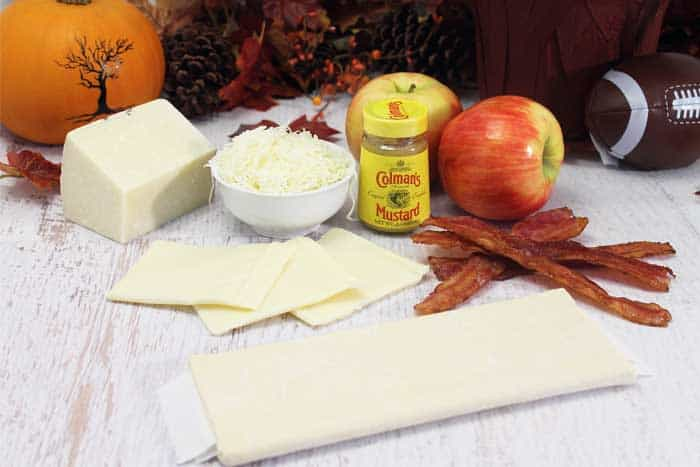 Cheesy Apple Bacon Bundles ingredients