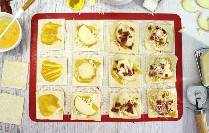 Cheesy Apple Bacon Bundles steps