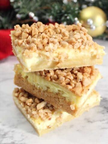 Creme Brulee Cheesecake Bars square