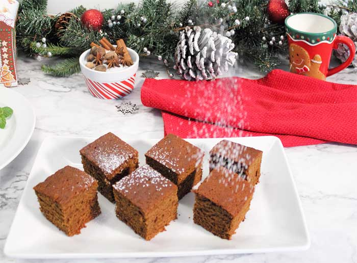 Homemade Spicy Gingerbread dusting sugar