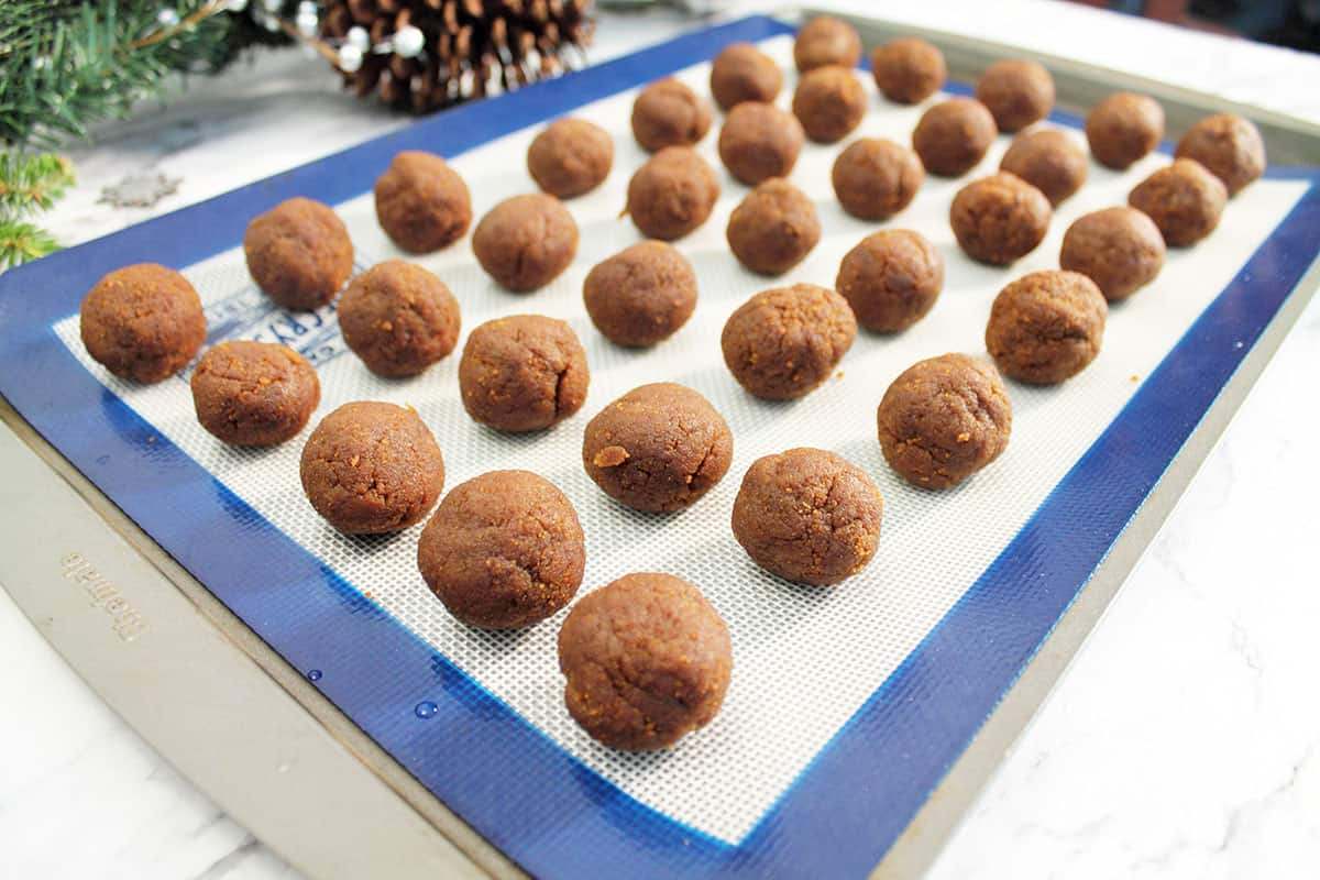 Place balls onto cookie sheet and chill.