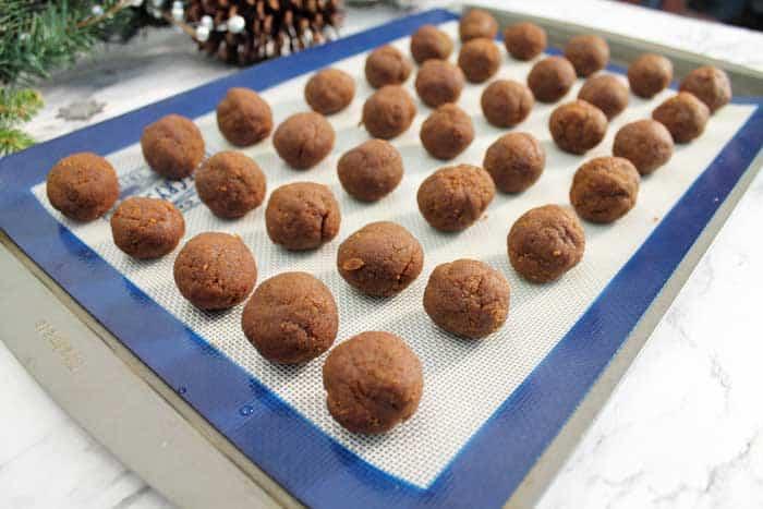 Gingerbread Truffles chill truffles