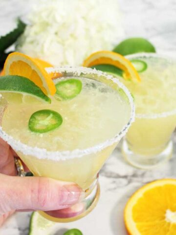 Spicy Sparkling Citrus Margarita cheers square
