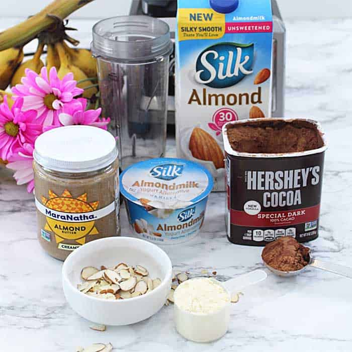 Ingredients to make Chocolate Almond Smoothie.